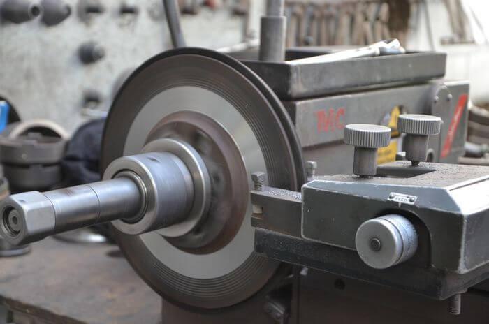 automotive-services-disc-drum-flywheel-skimming-brakes